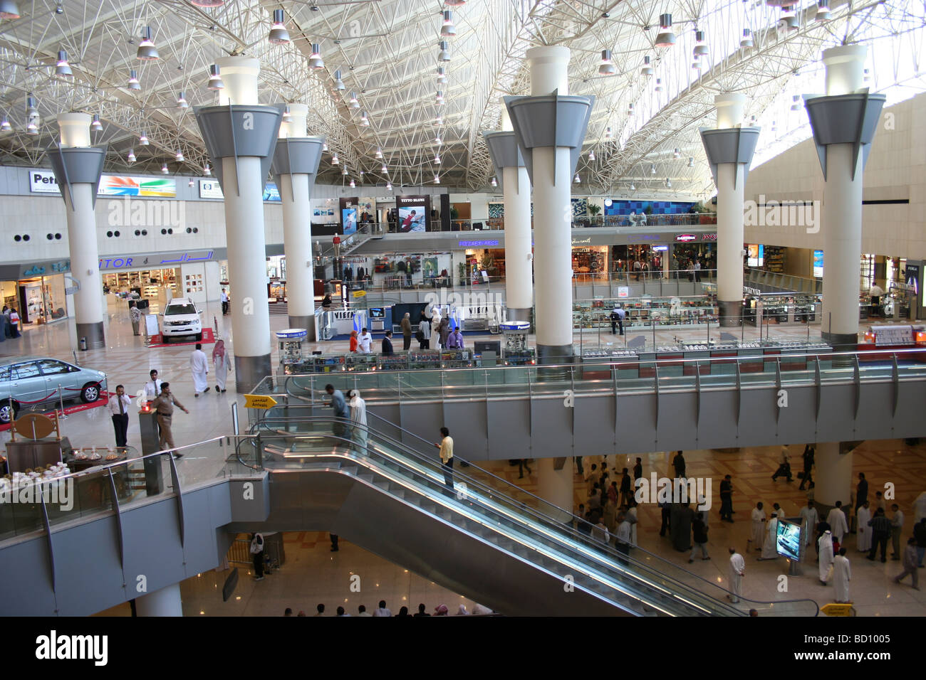 Kuwait City Airport Check In Zone Departures Hall Stock ...