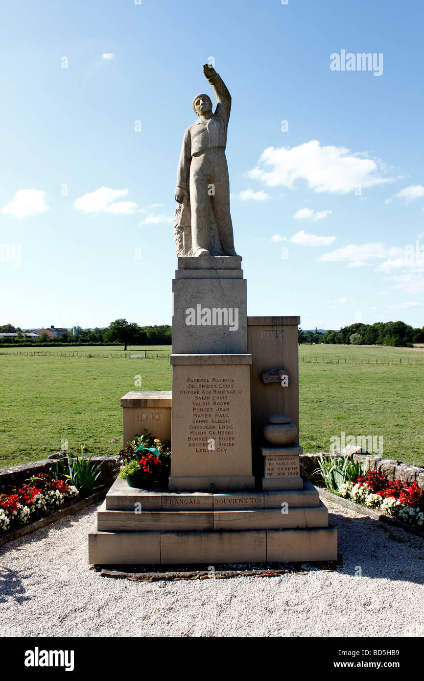 Monument to commemorate the fallen soldiers of Second ...