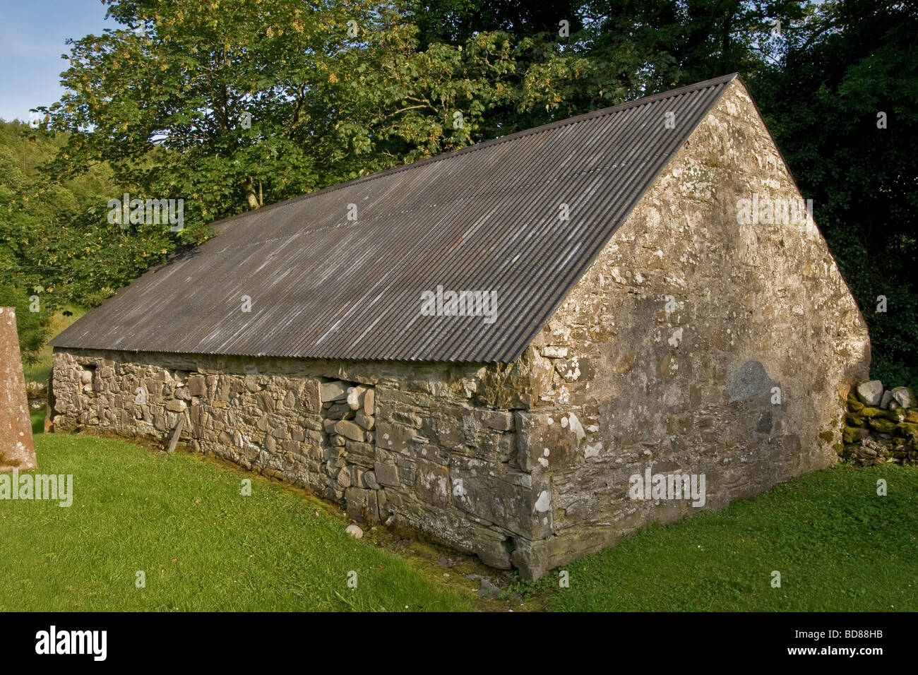 Stone Barn With Corrugated Metal Roof Anwoth Old Kirk