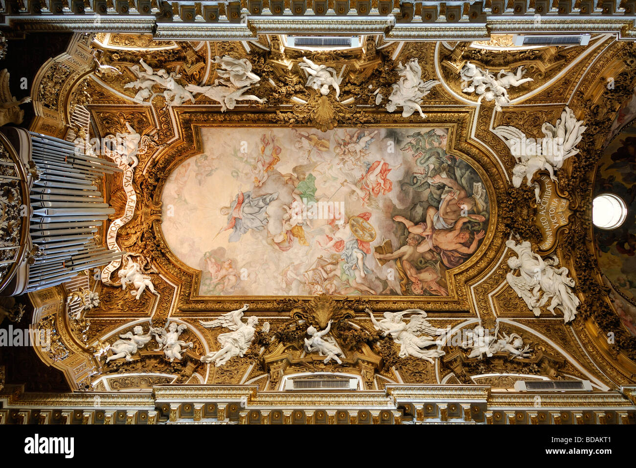 Rome italy the ornately decorated ceiling of the baroque for Baroque italien