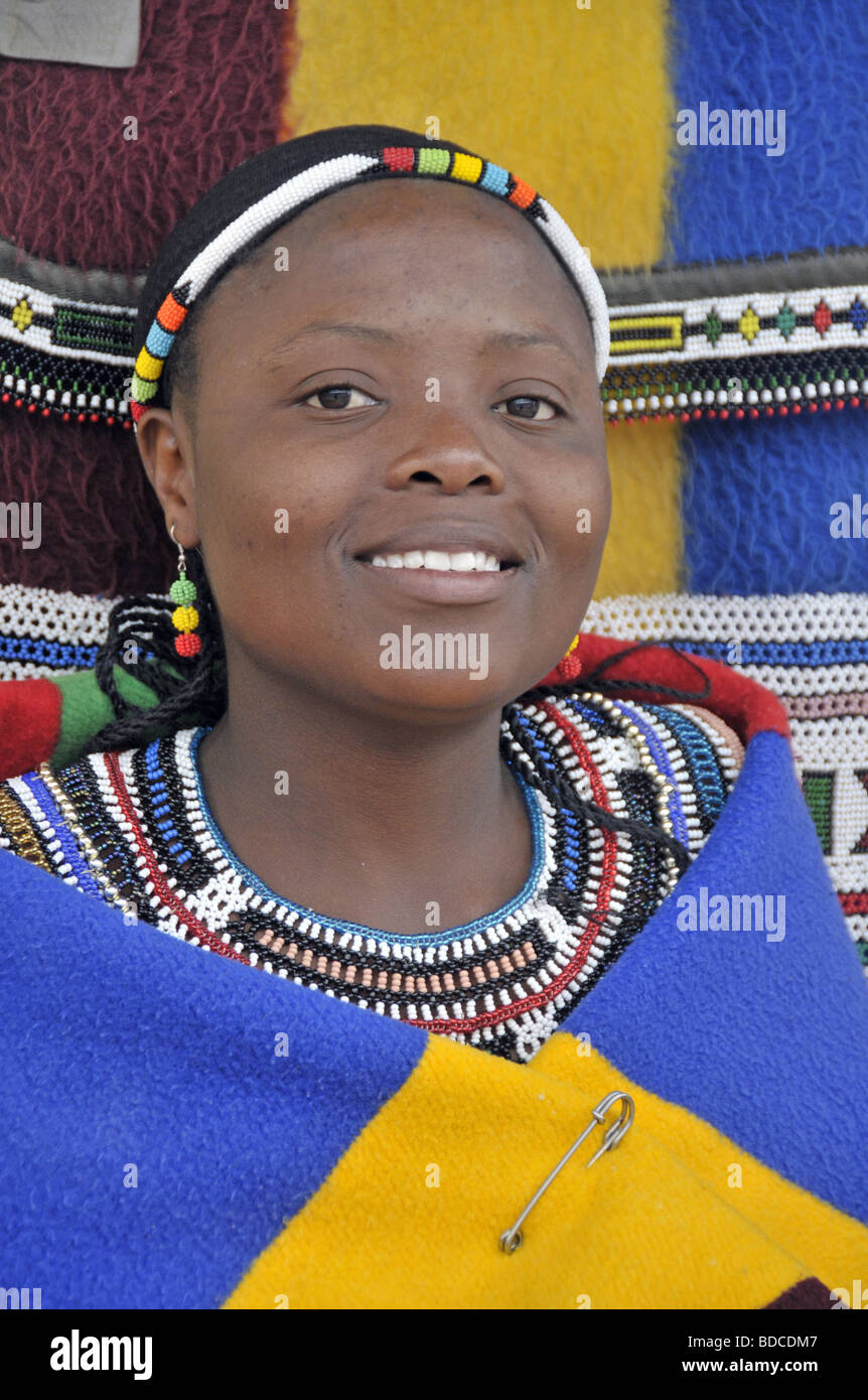 a research on the ndebele of south africa The southern and northern (ama) ndebele of the republic of south africa constitute a single ethnic group that claims its origin from the ancestral chief, musi (or msi) according to scholars fourie (1921), van warmelo (1930), van vuuren (1983), de beer (1986), skhosana (1996) and others, the (ama)ndebele originate from kwazulu-natal.