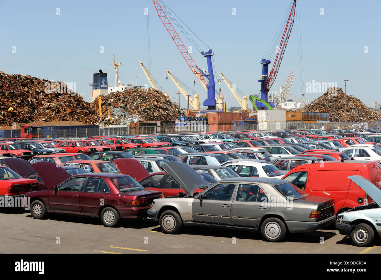 germany hamburg used old cars await export to africa cotonou benin stock photo 25570254 alamy. Black Bedroom Furniture Sets. Home Design Ideas