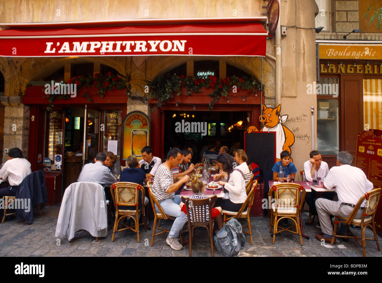 lyon france rue st jean restaurant l 39 amphitryon stock photo royalty free image 25692568 alamy. Black Bedroom Furniture Sets. Home Design Ideas