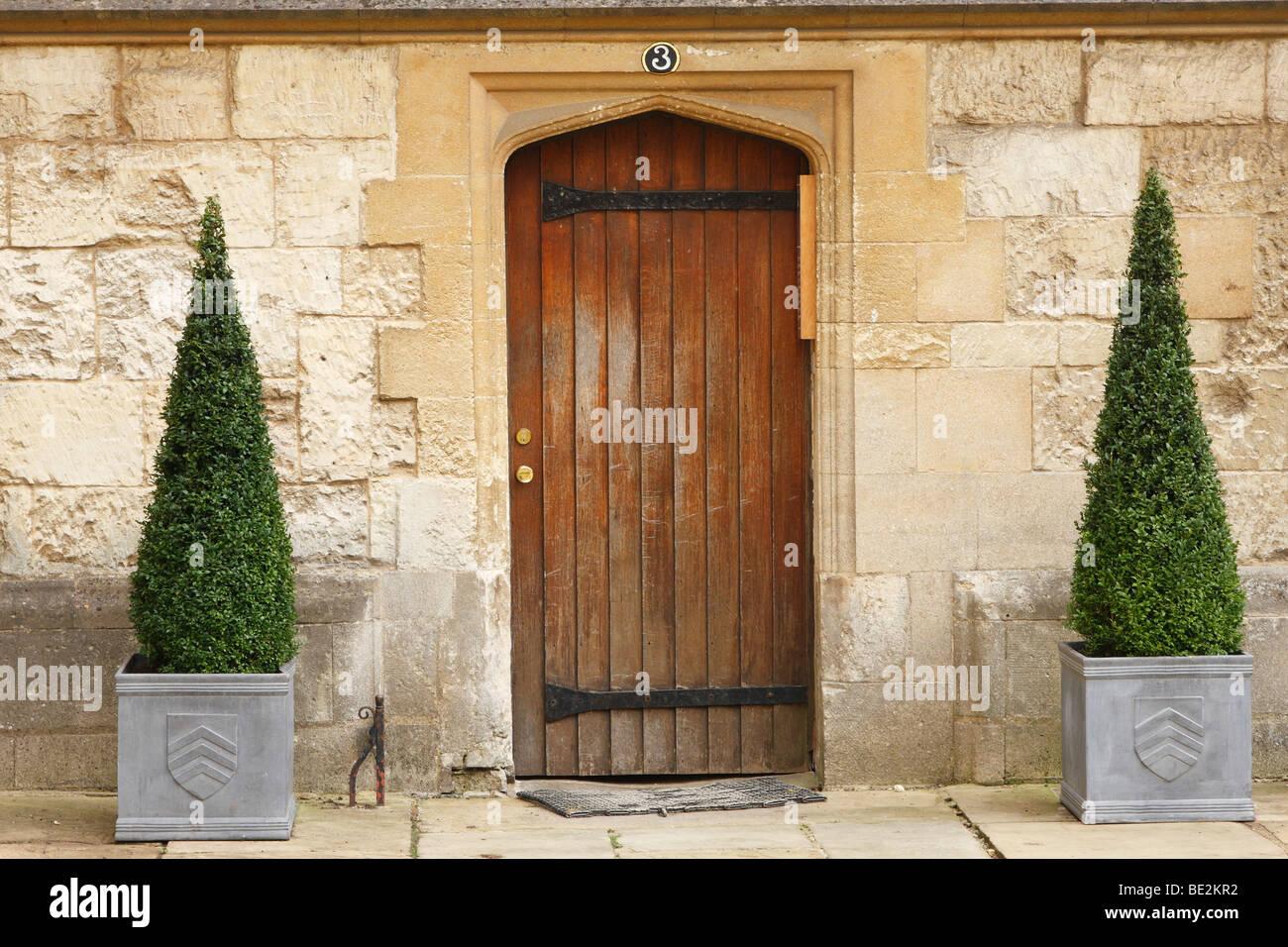 Front Door Topiary, Merton College, Oxford University, England, UK