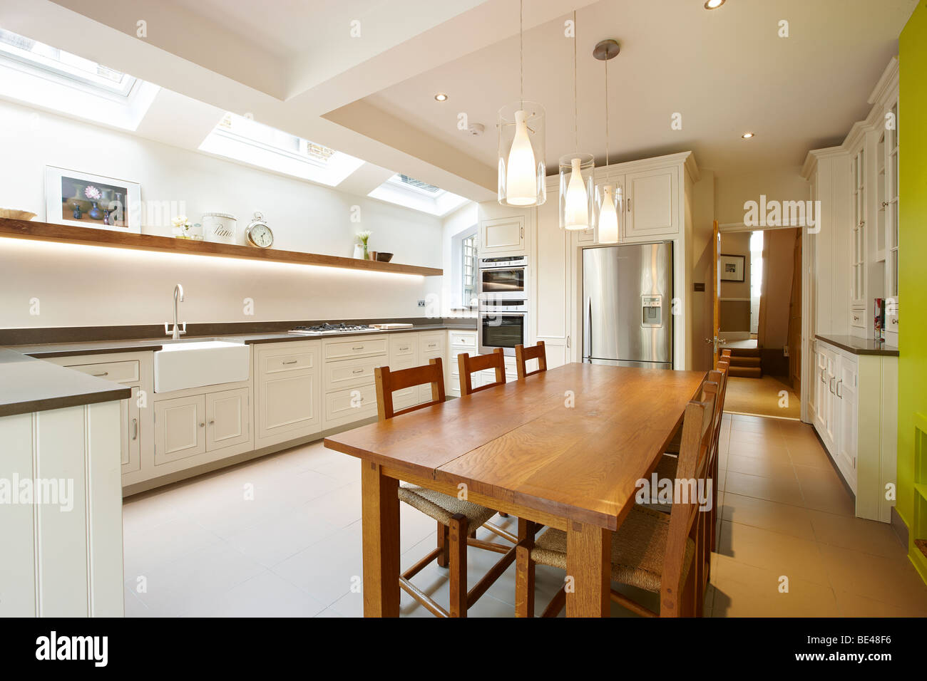 kitchen side extension london terrace oak table skylights velux feature BE48F6
