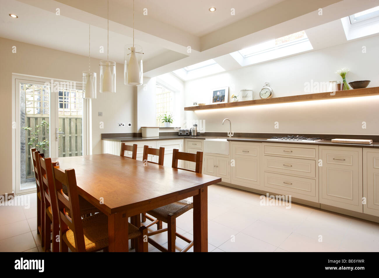 kitchen side extension london terrace oak table skylights velux feature BE6YWR