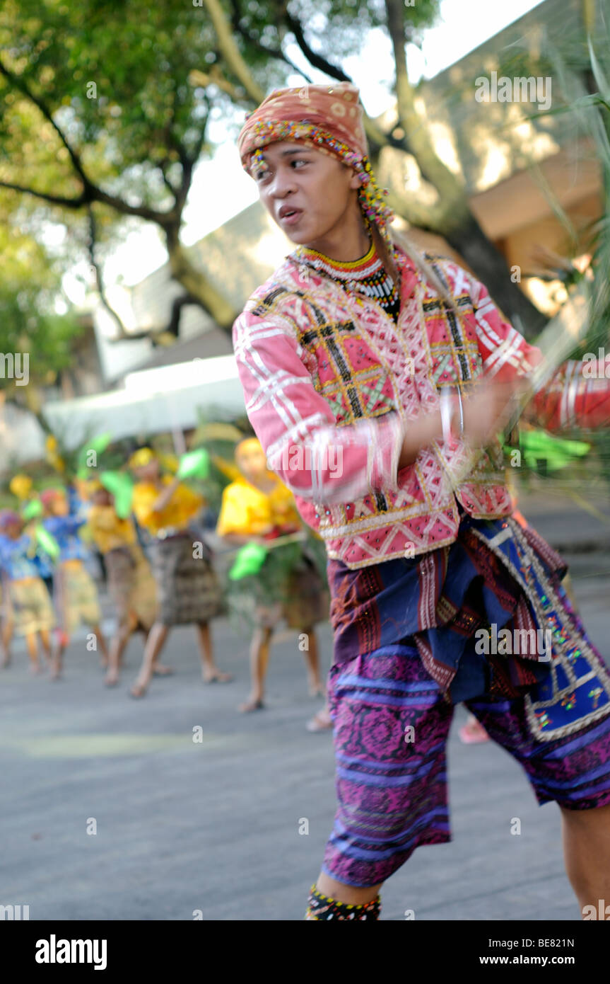10 tribes of davao city Let's get to know the 11 tribes of davao city their colorful and rich culture and  traditions are among the strong foundations of the vibrance, growth, and identity.