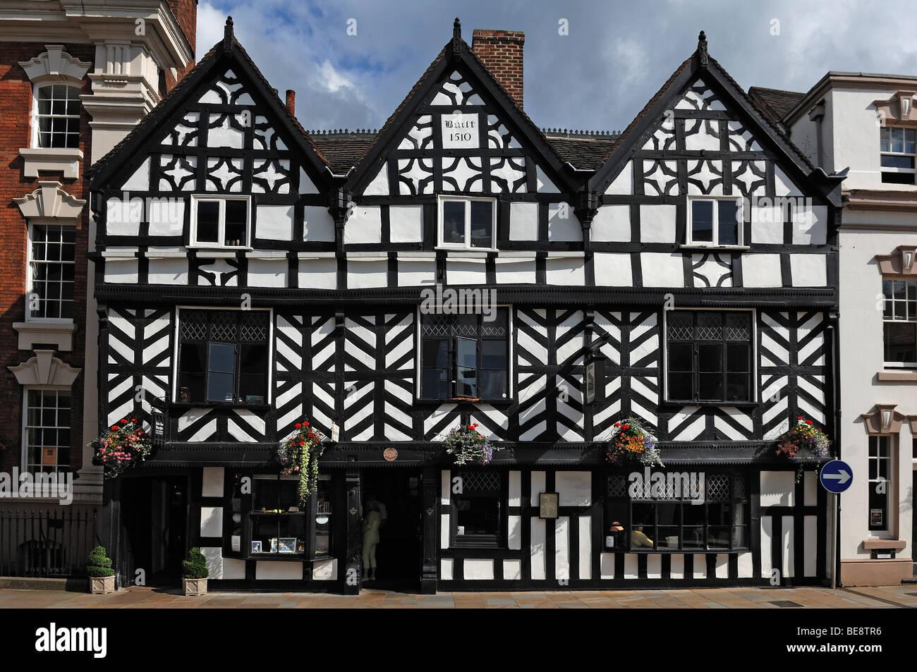 Tudor Style tudor style street stock photos & tudor style street stock images