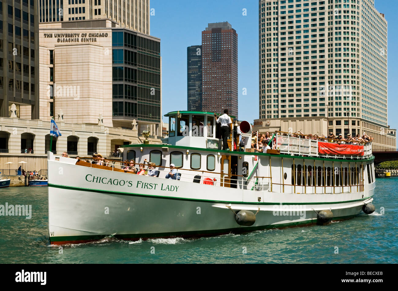 Architectural tour boat quotchicago39s first ladyquot cruising up for Architecture tour chicago boat