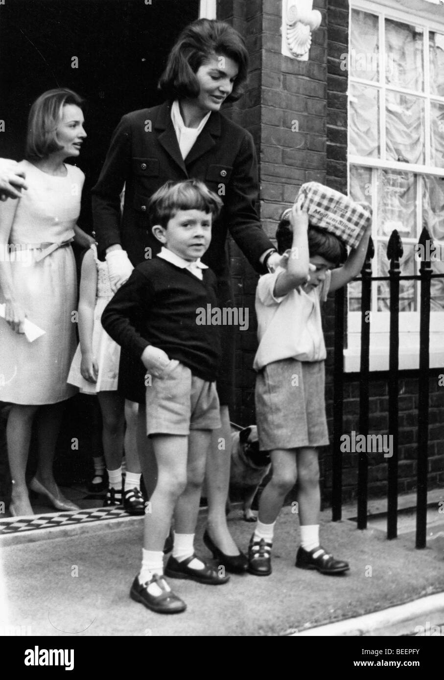 Jackie Kennedy In London With Children Stock Photo