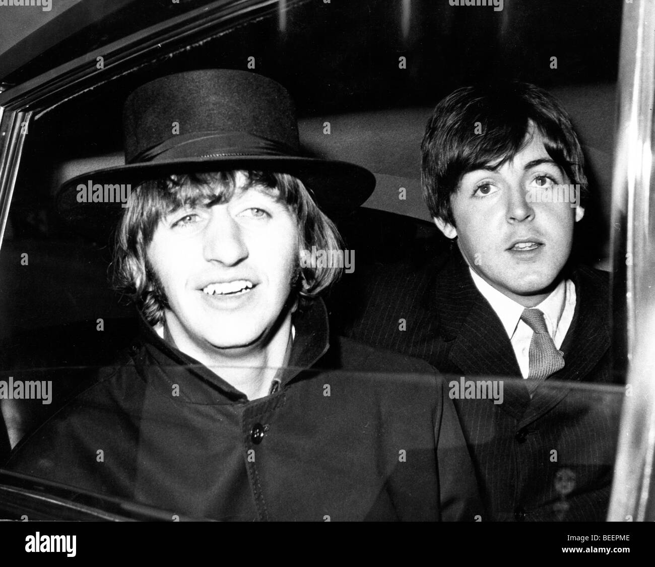 The Beatles Ringo Starr And Paul Mccartney In Car Stock Photo