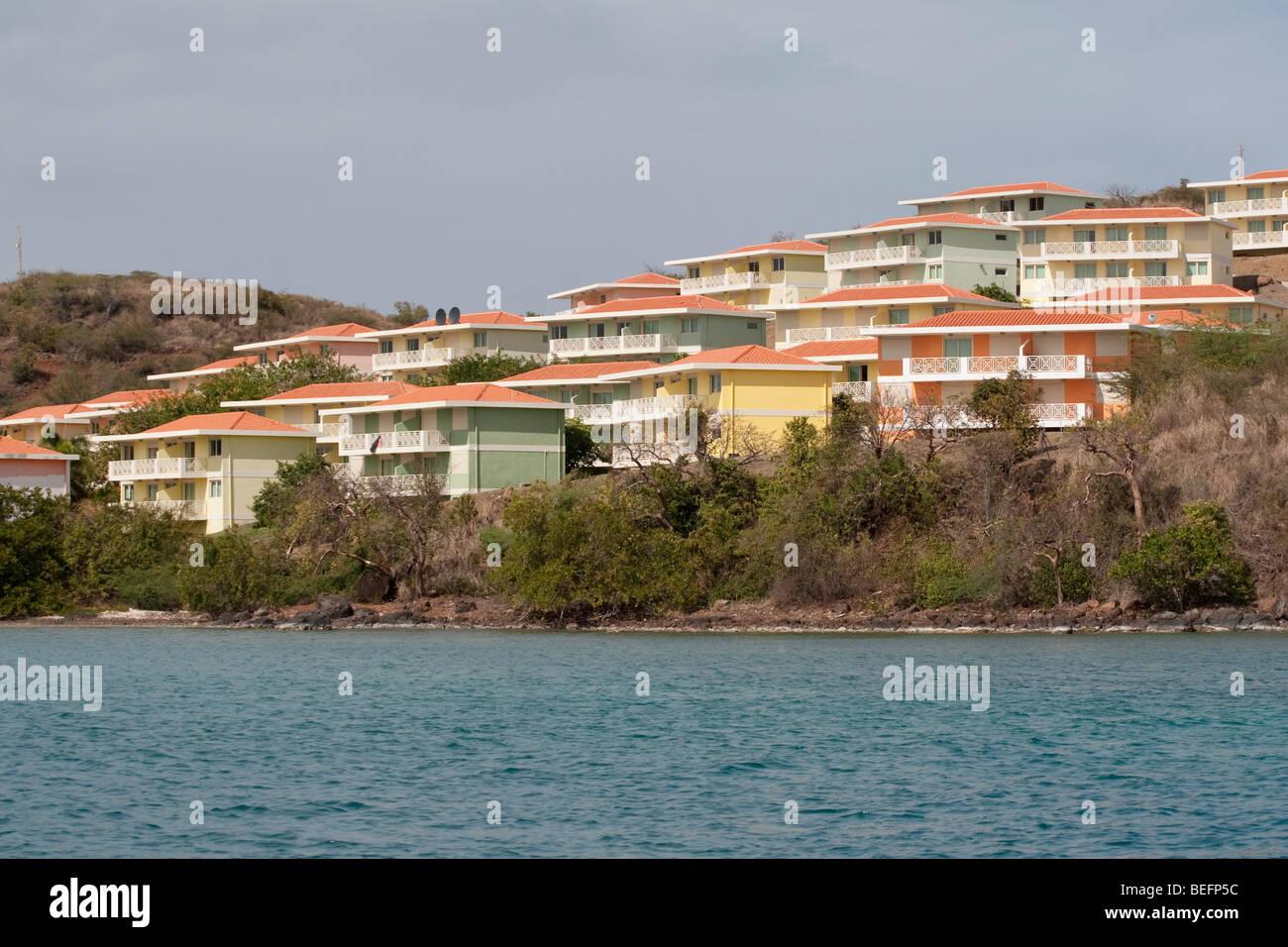 Hillside development on the north shore in ensenada honda for Honda north shore