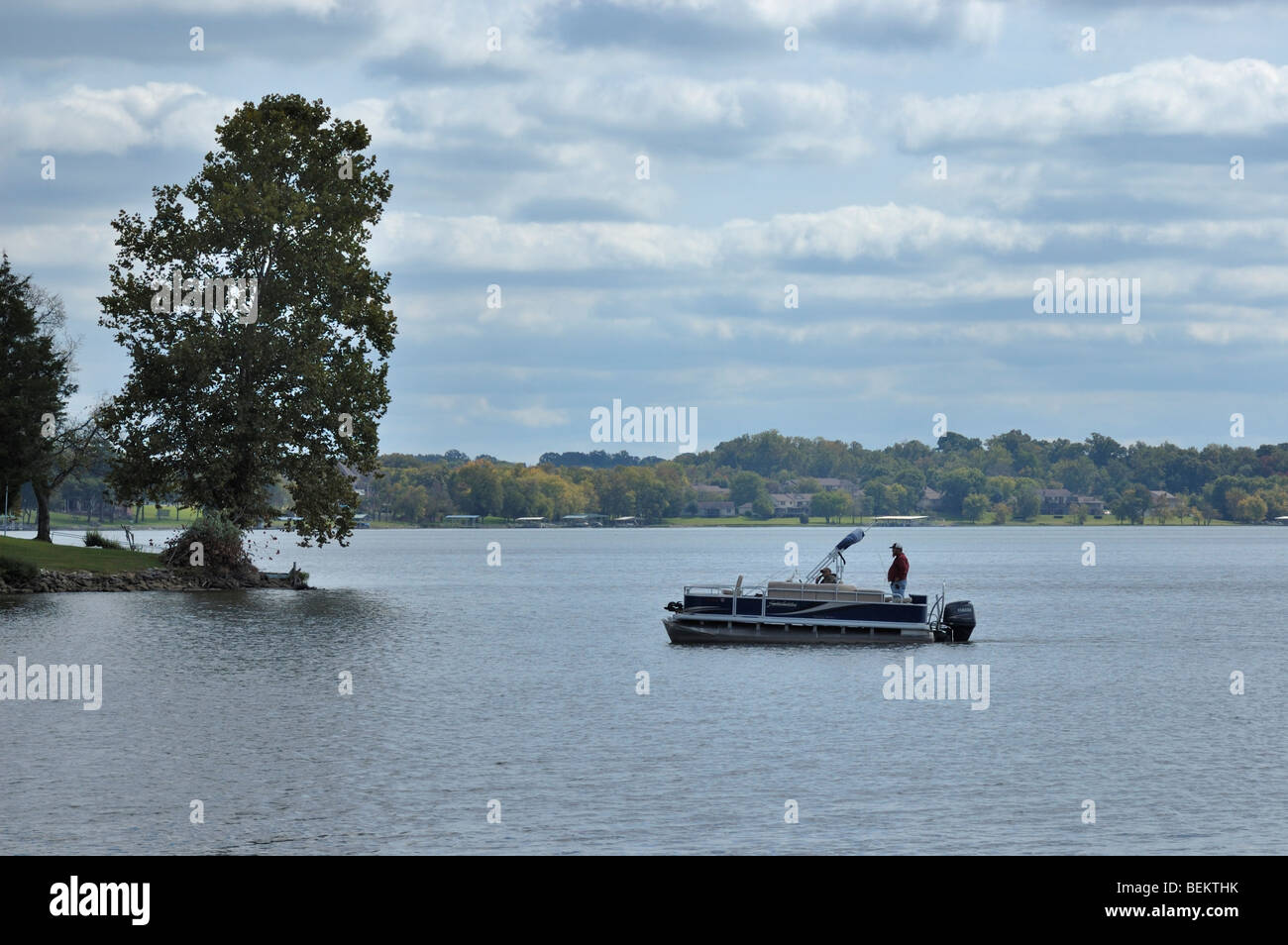 Boater on old hickory lake near nashville tennessee usa for Old hickory lake fishing
