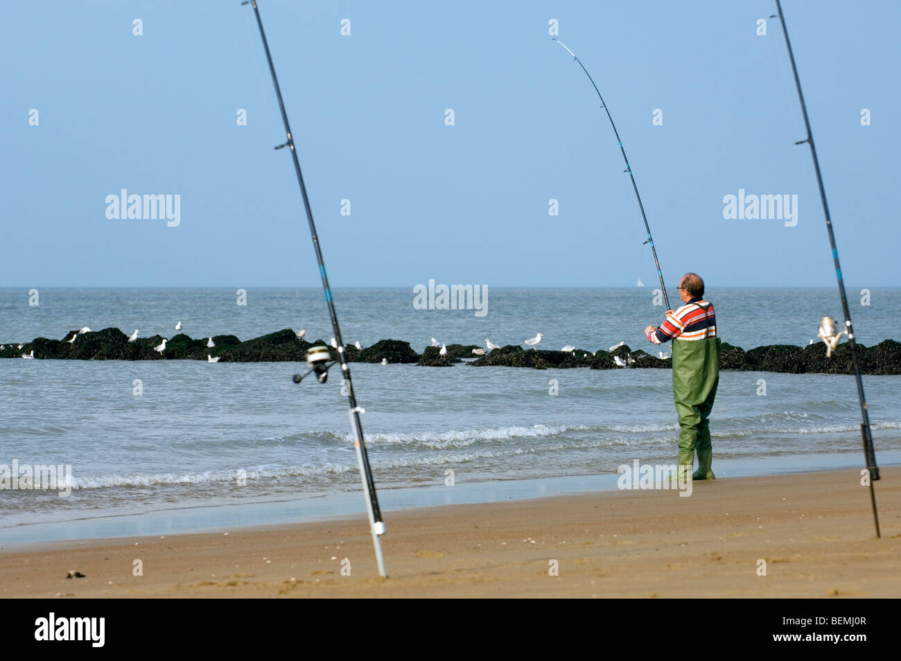 Beach fishing rods for Surf fishing waders