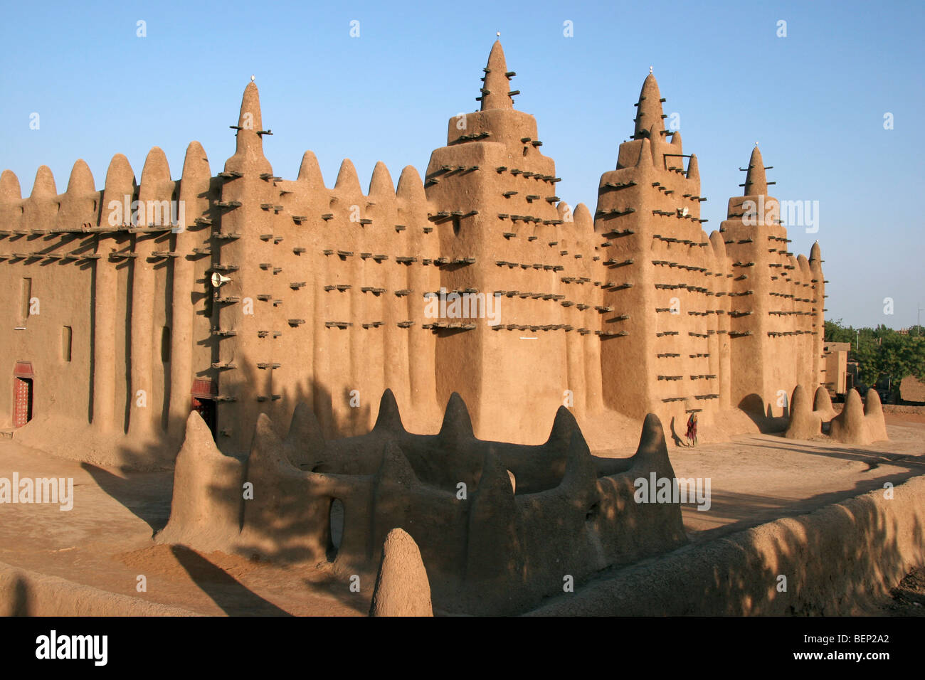 Great Mosque of Djenn largest mud brick or adobe building in the