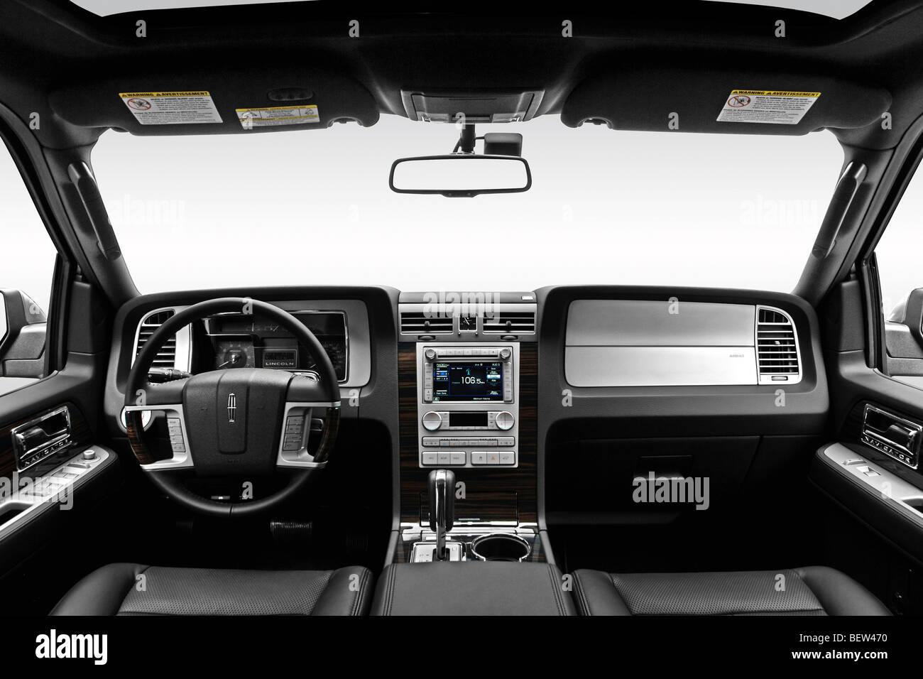 2010 lincoln navigator l in silver dashboard center console gear shifter view