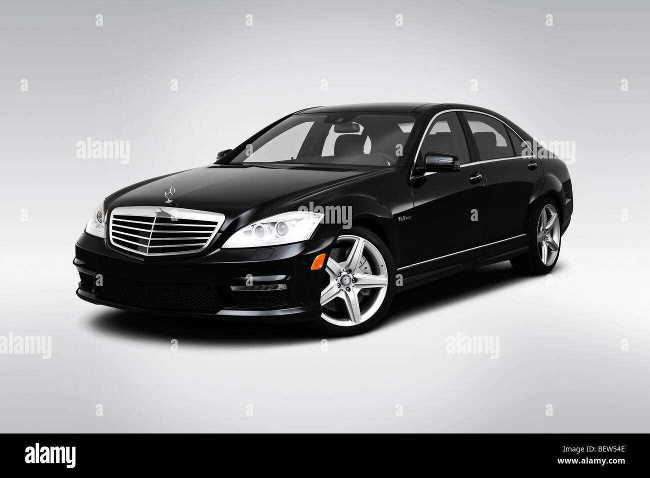 2010 mercedes benz s class s63 amg in black front angle for Mercedes benz s class amg 2010