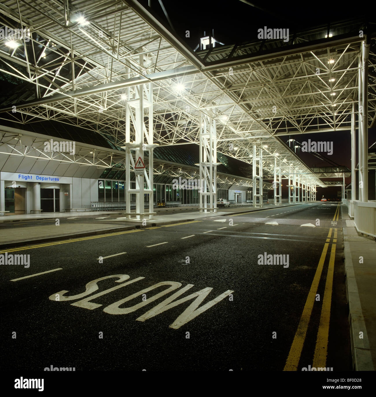 the manchester airport essay Manchester airport (iata: man, icao: egcc) is an international airport in  ringway, manchester, england, 75 nautical miles (139 km 86 mi) south-west of .