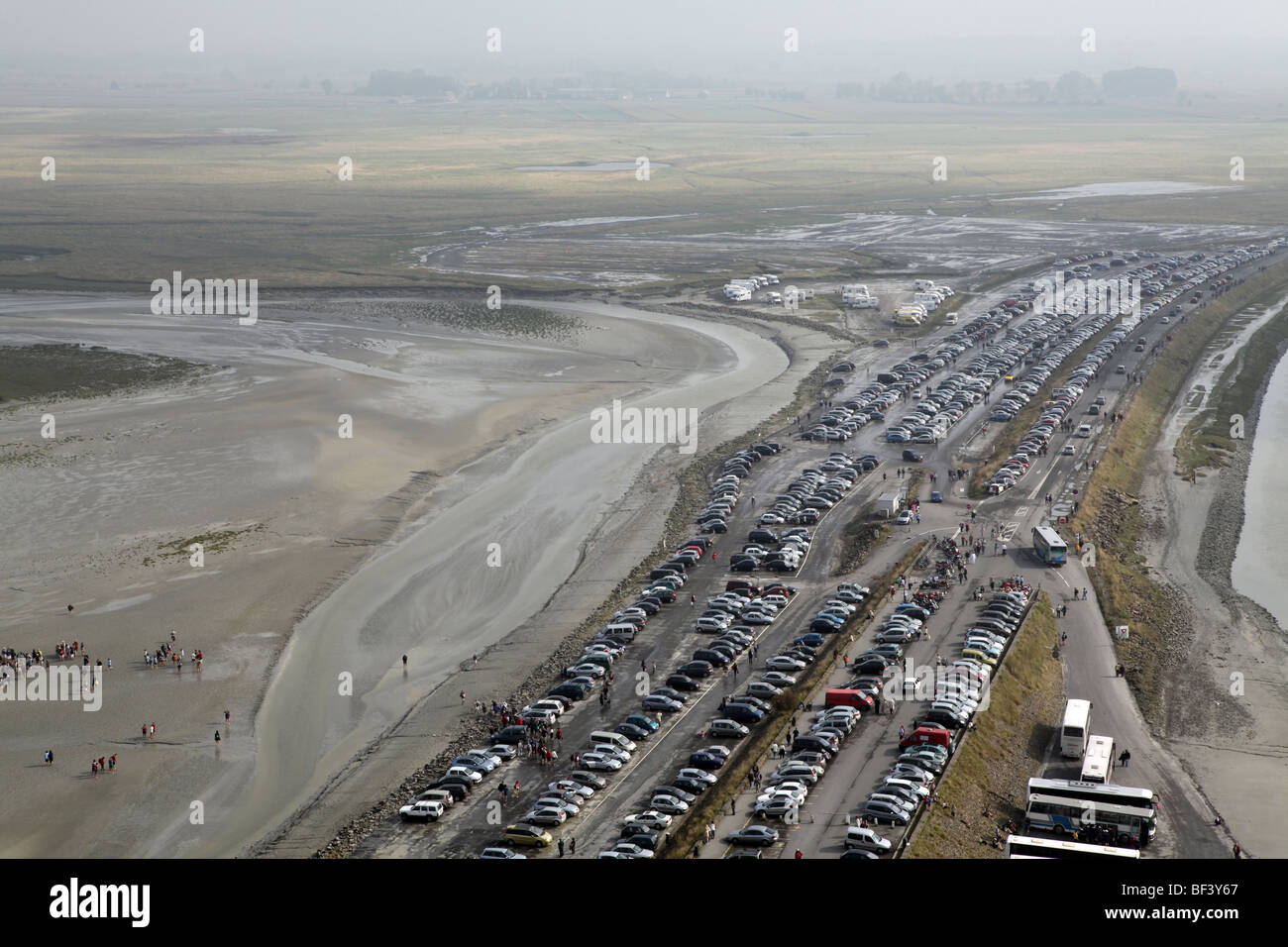 overcrowded car park and bay mont michel normandy