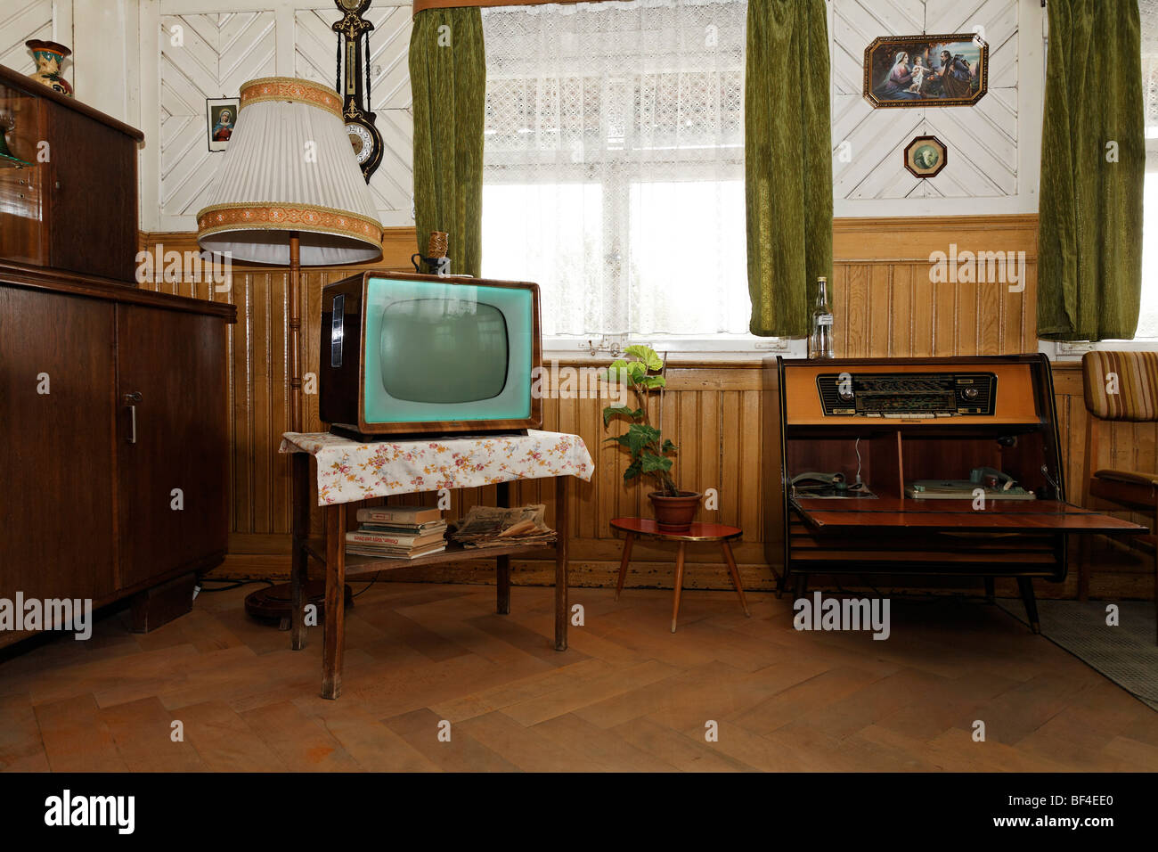 Living Room With Original Furniture From The U002750s, Old Black And White Tv,