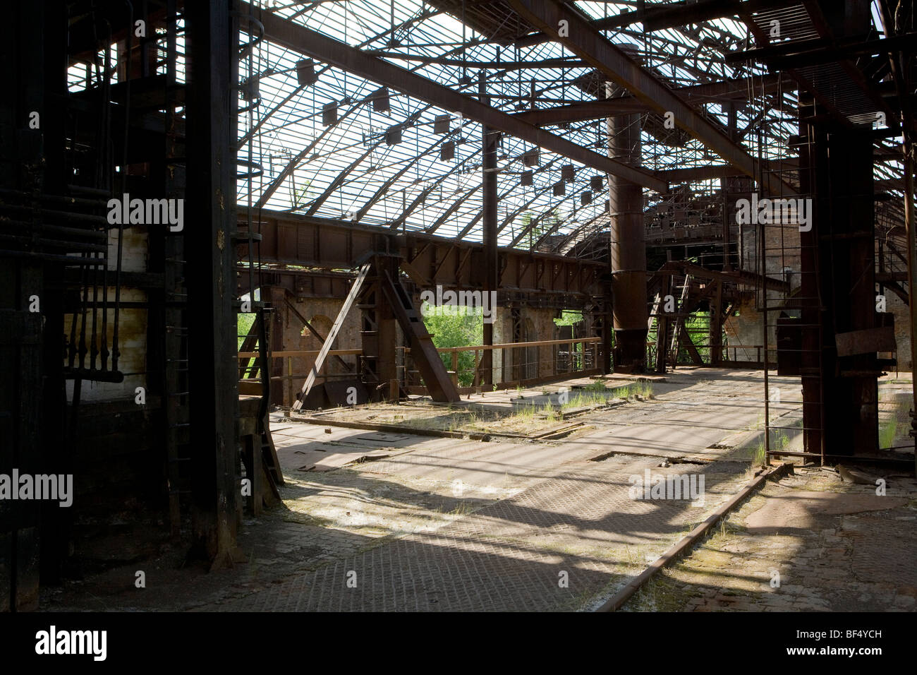 abandoned factory in tagil urals russia Stock Photo, Royalty Free ... for Abandoned Factory Russia  535wja