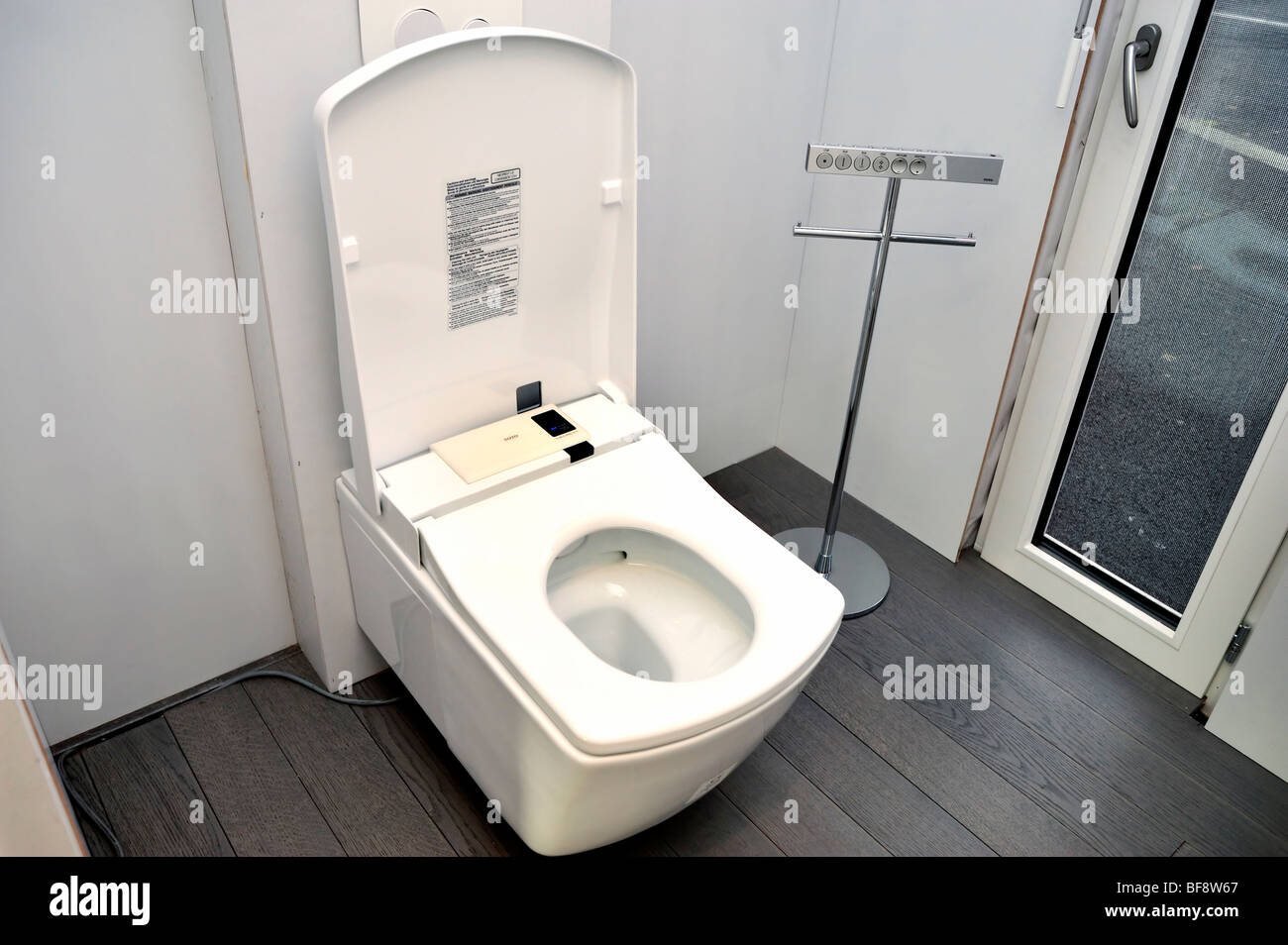 paris france construction equipment be green eco house bathroom equipment electronic toilet toto