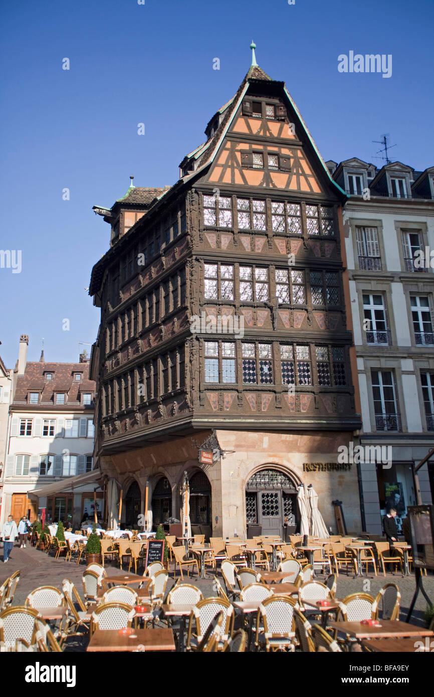 Place de la cathedrale the kammerzell house strasbourg for Alsace carrelage strasbourg