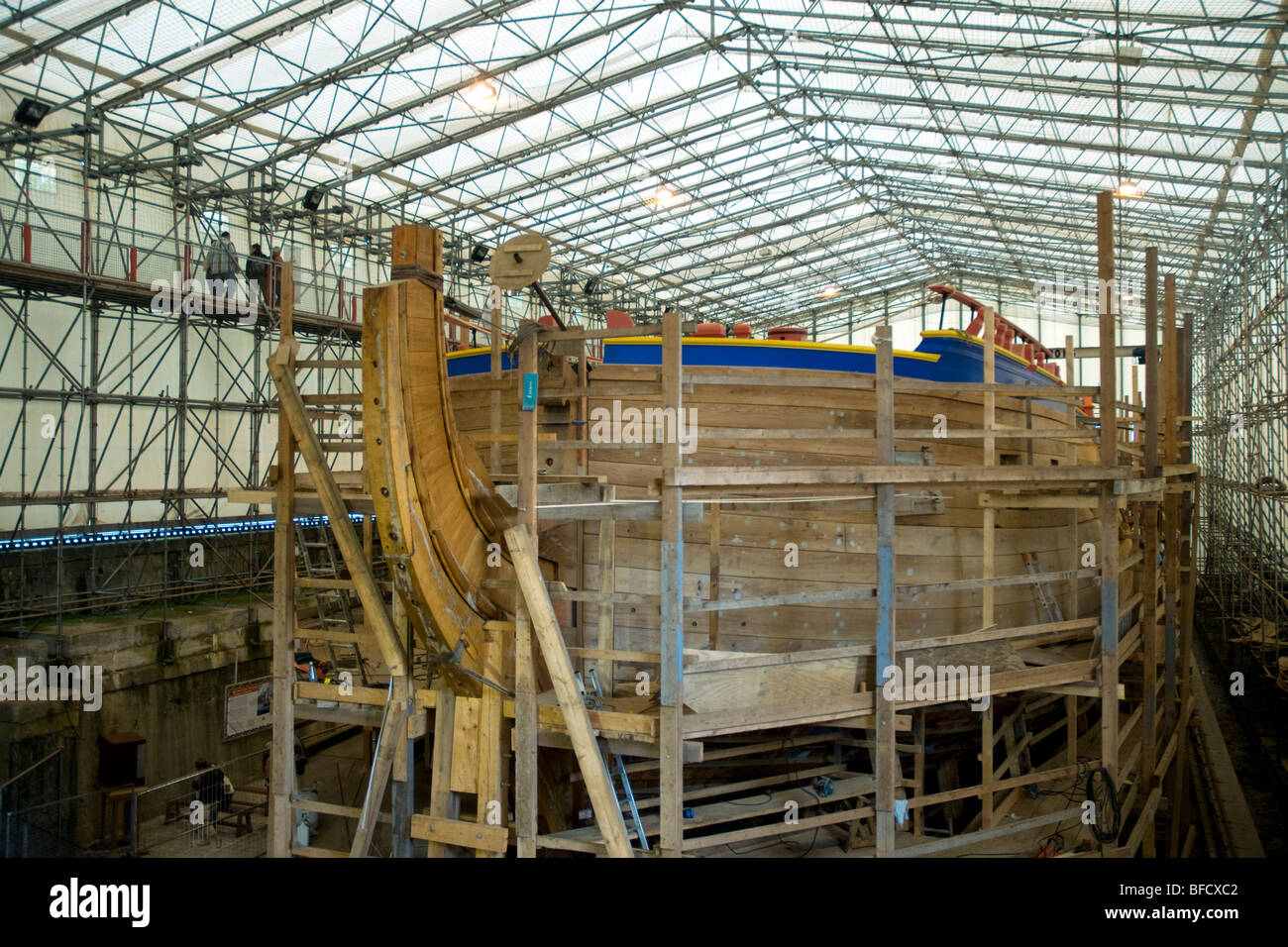 under construction in rochefort l 39 hermione a replica of