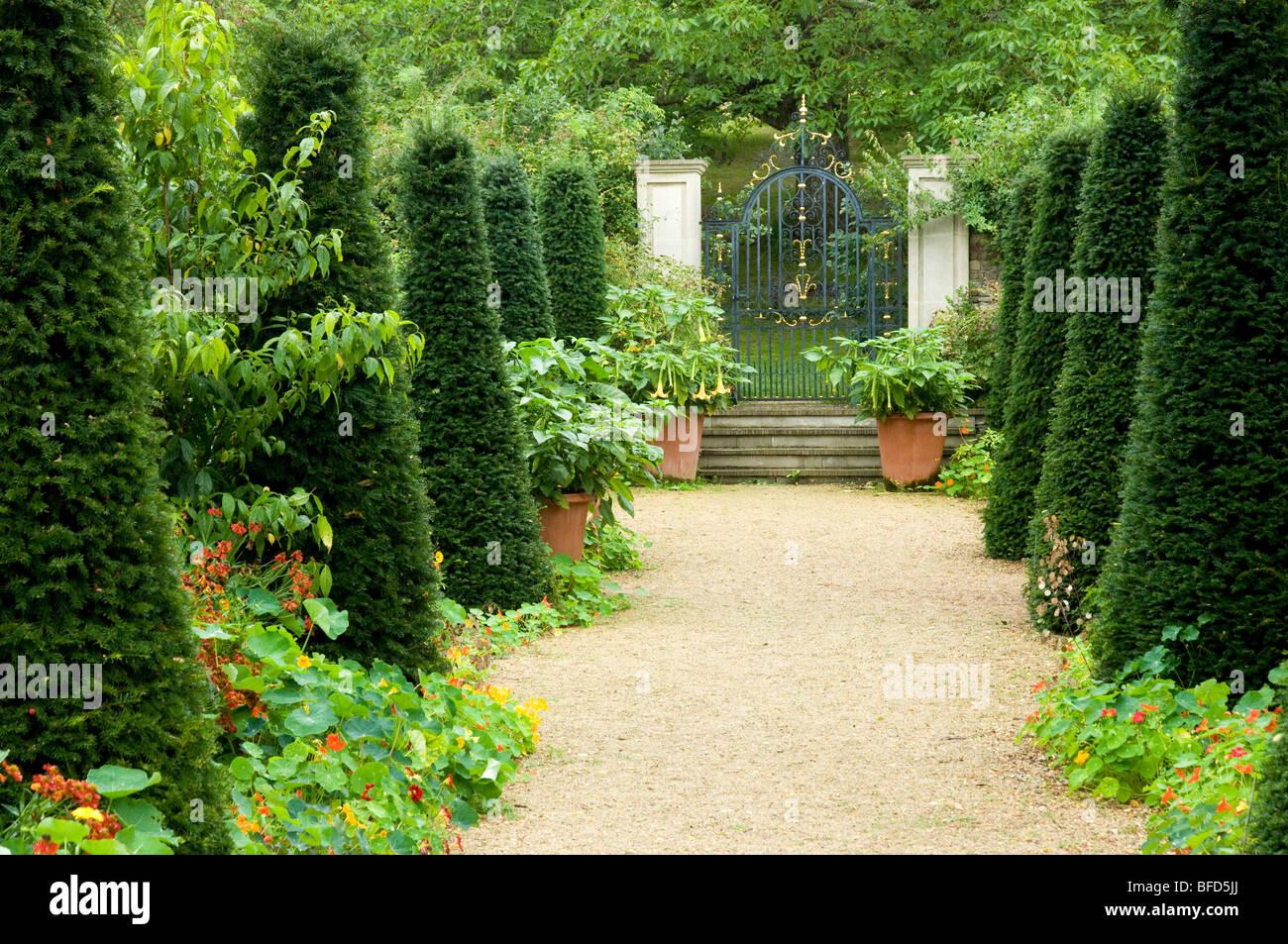 Hanham court garden cotswolds england uk formal gravel for Garden trees england