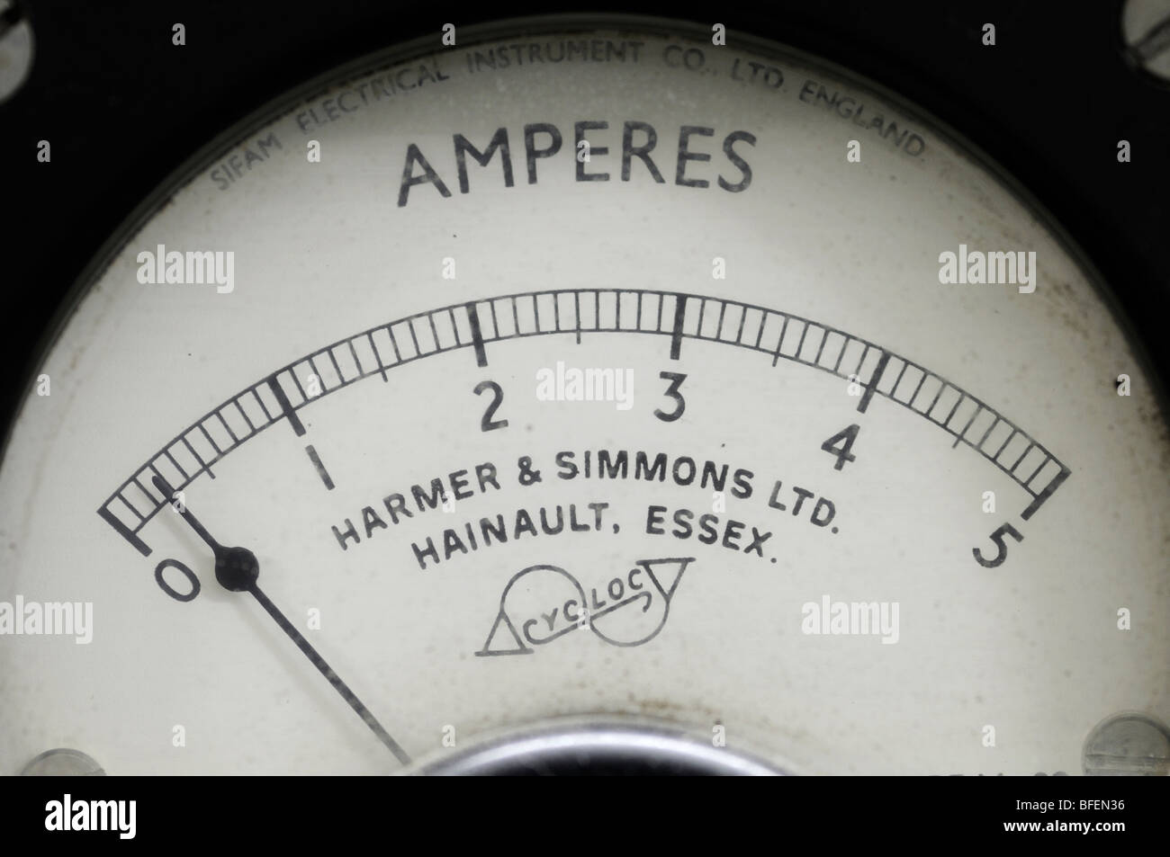 Ammeter gauge with needle reading 300mA or 0.3 Amps Stock Photo ...