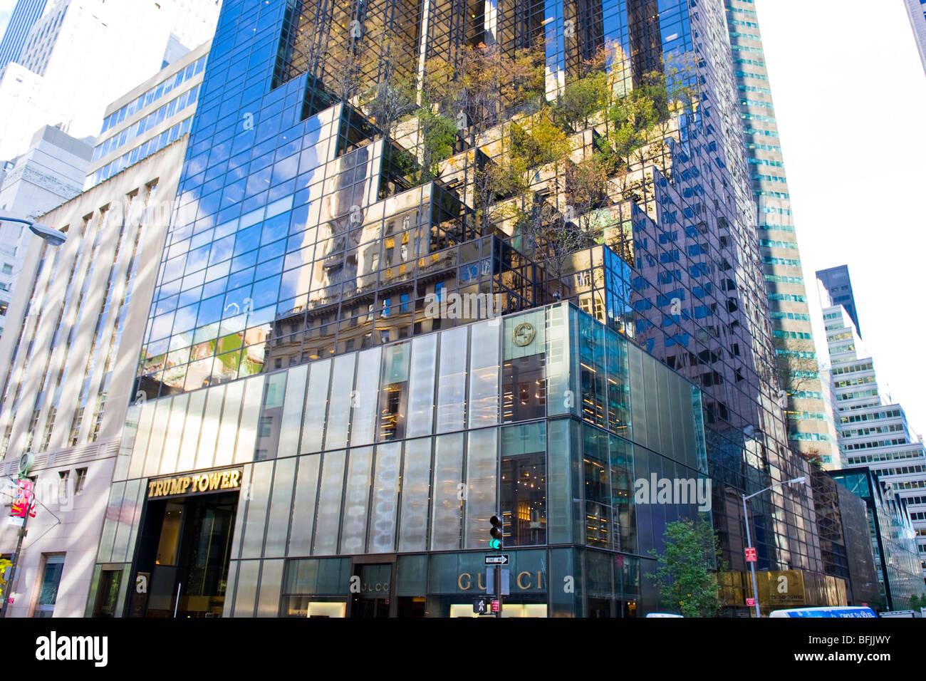 New York City , The Big Apple , the Trump Tower skyscraper ...