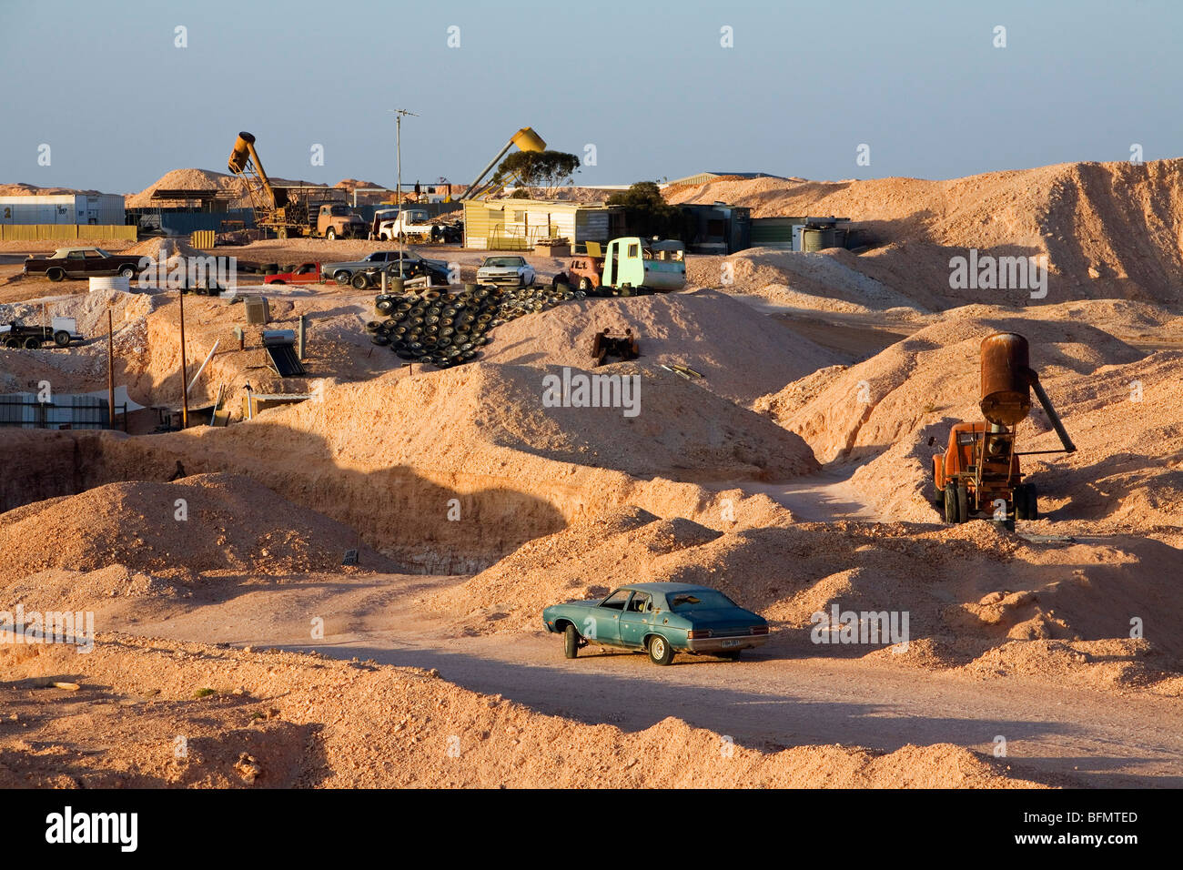 Australia south australia coober pedy the lunar like for South australia landscape