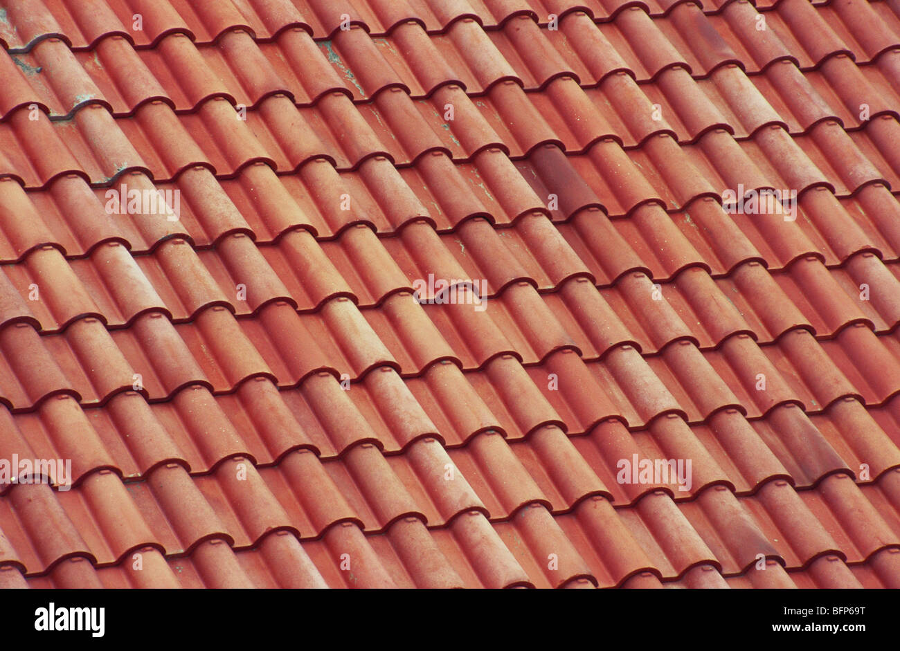 NMK 66213 : Red Terracotta Roof Tiles Of Guest House Of Swaminarayan Temple  ; Sarangpur ; Gujarat ; India