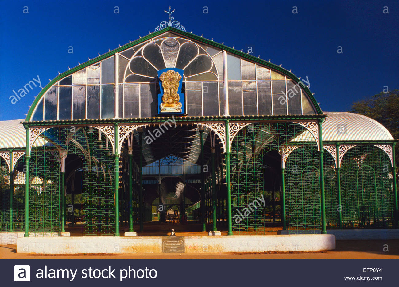 tsm 65012 famous glass pavilion lalbaugh botanical garden stock