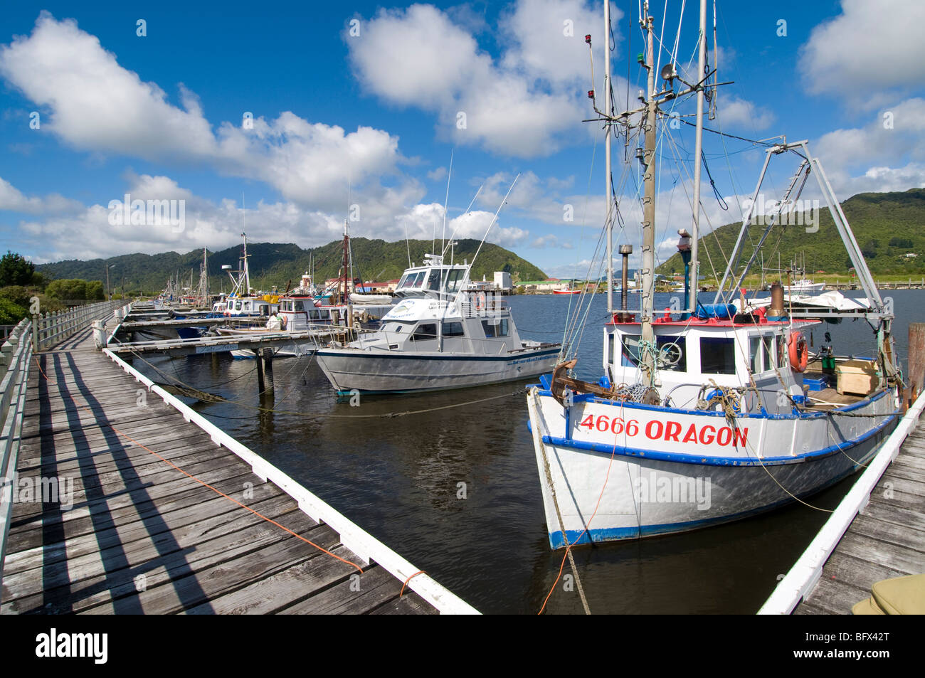 Port with fishing boats and jetty taken in greymouth new for New fishing boats