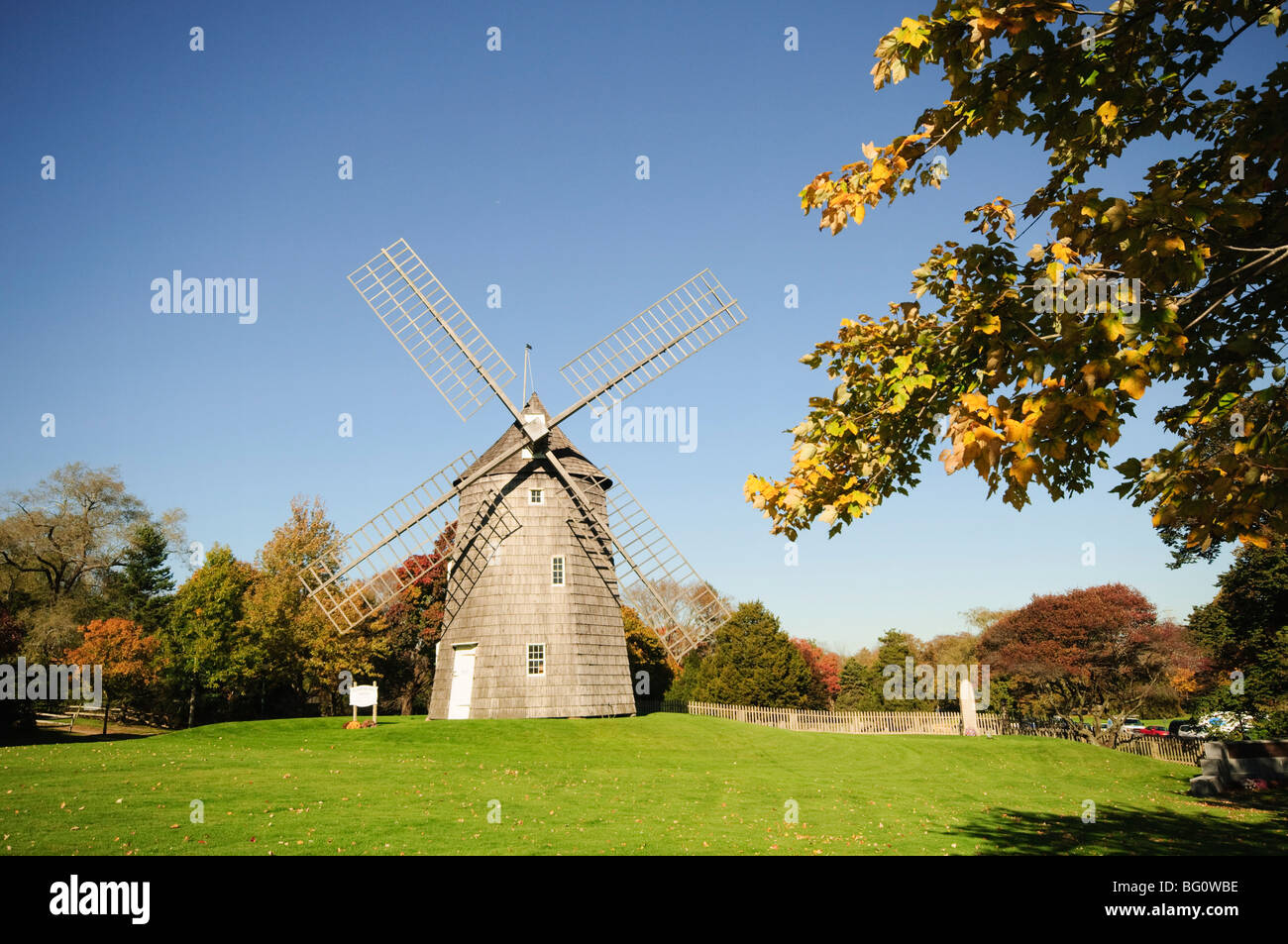 old hook windmill east hampton the hamptons long island new york stock photo royalty free. Black Bedroom Furniture Sets. Home Design Ideas