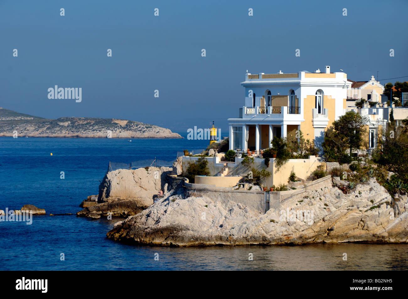 coastal villa overlooking mediterranean sea anse de la. Black Bedroom Furniture Sets. Home Design Ideas