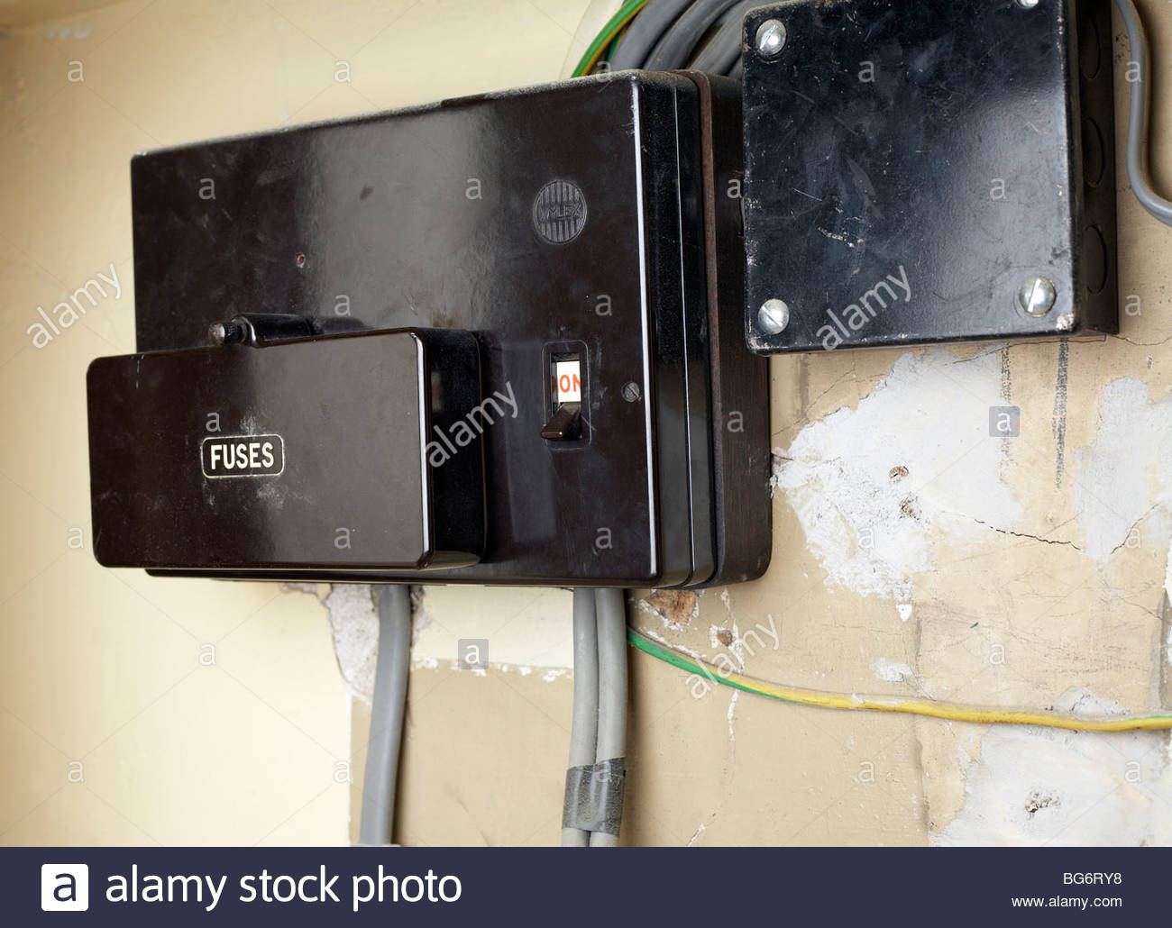 fuse box in house BG6RY8 main fuse stock photos & main fuse stock images alamy selling a house with a fuse box at gsmx.co