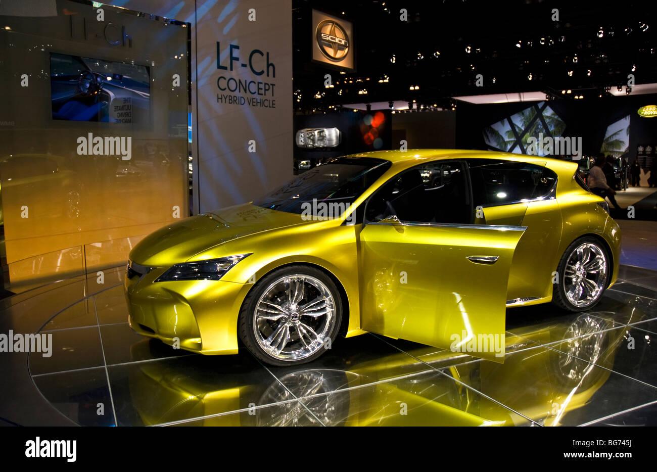 http://c8.alamy.com/comp/BG745J/the-lexus-lf-ch-concept-na-debut-at-the-2009-la-auto-show-in-the-los-BG745J.jpg