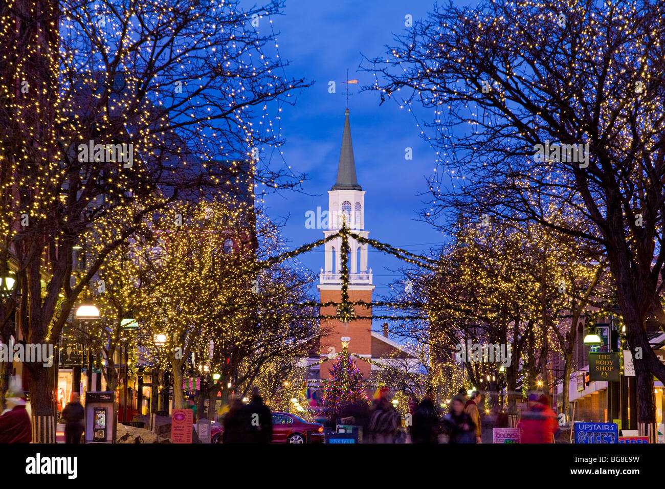 Christmas Decorations In Vermont : Christmas lights on church street pedestrian mall business