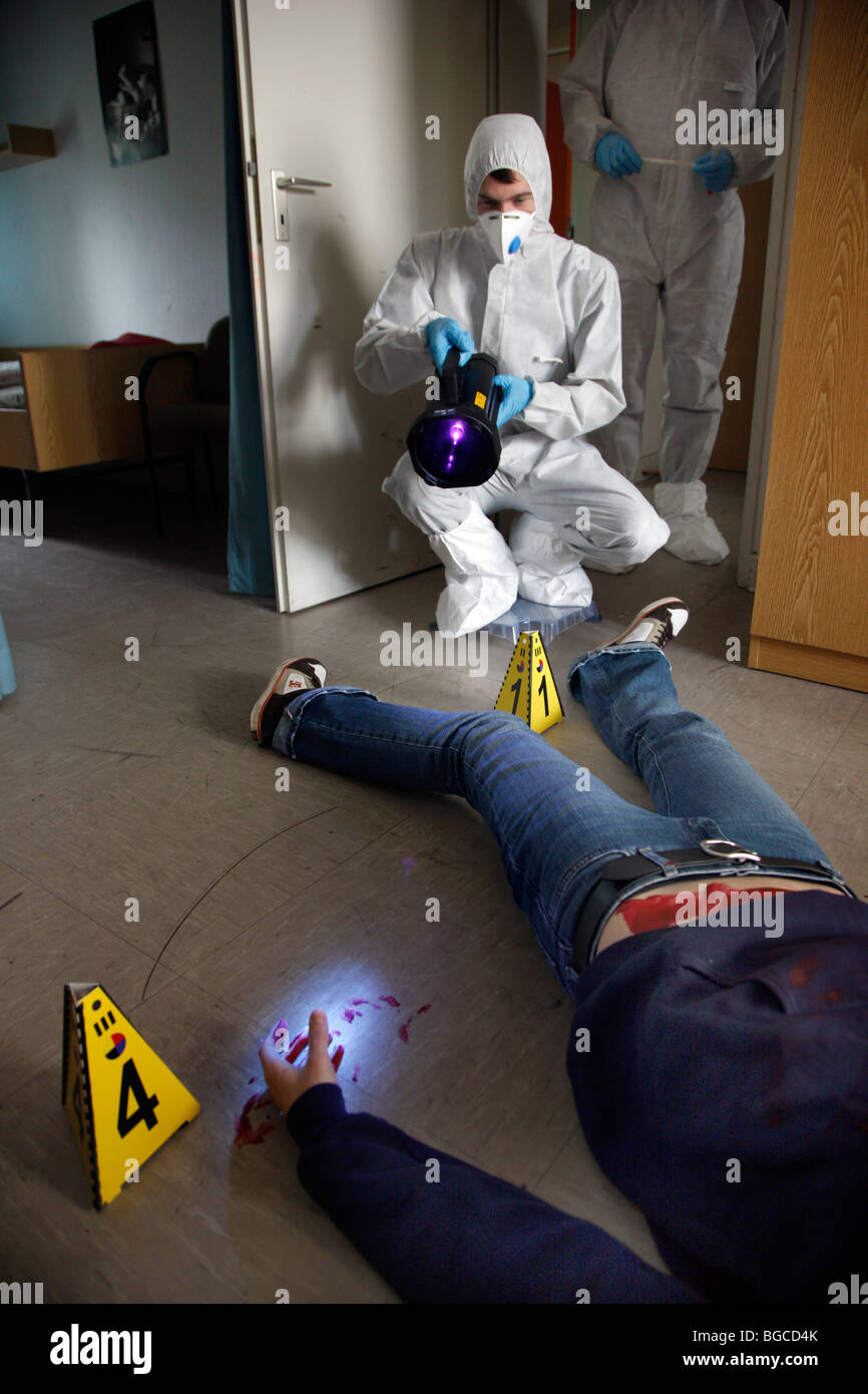 forensics as a crime scene investigator essay I) the crime scene examiner within the police force the main function of a crime scene examiner (also known as a scenes of crime officer – soco or crime scene.