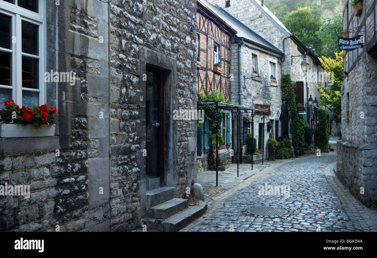 Houses and restaurants in natural stone in alley at durbuy for Luxembourg homes