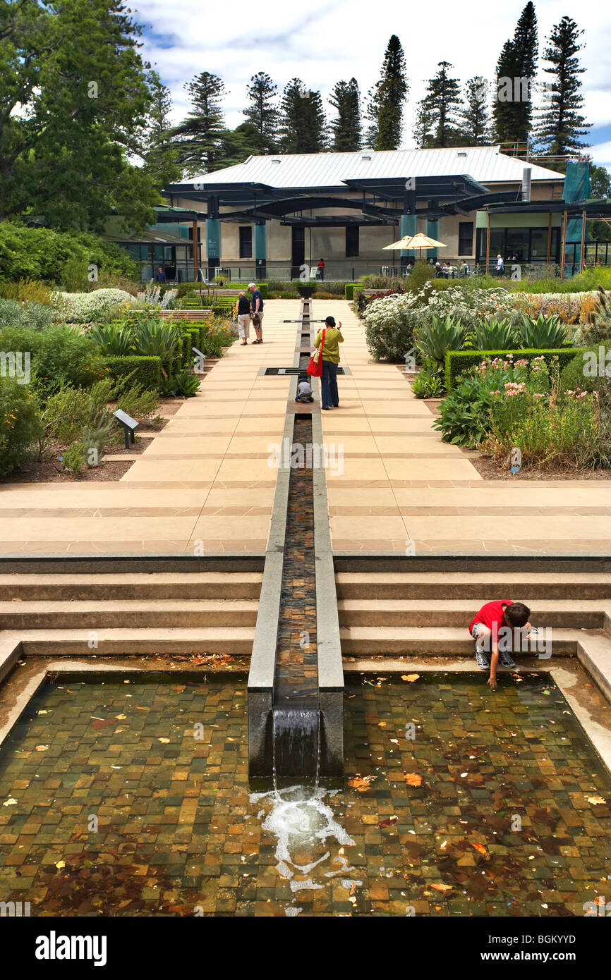 Sa water mediterranean garden botanical gardens adelaide for Garden water features adelaide