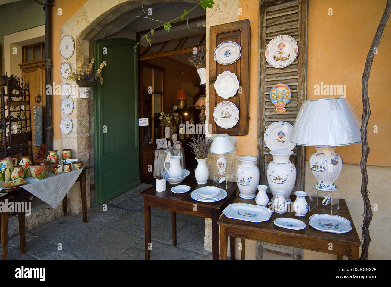 souvenir shop with faience pottery at moustiers sainte marie stock photo royalty free image. Black Bedroom Furniture Sets. Home Design Ideas
