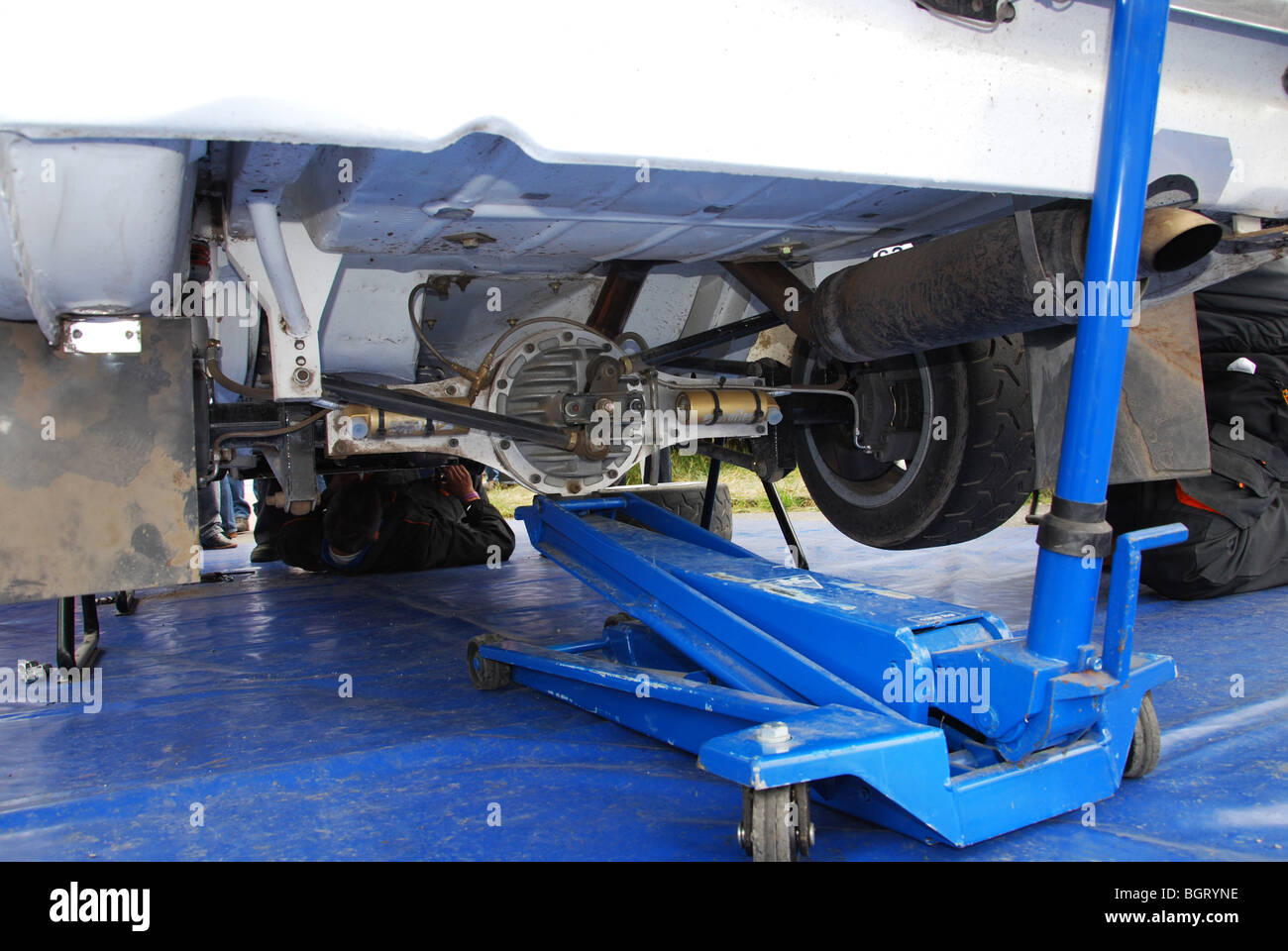 Watt's linkage on rear axle of Ford Escort Mk 1 BDA Stock Photo: 27571530 - Alamy