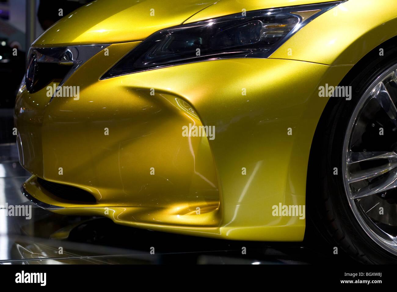 http://c8.alamy.com/comp/BGXW8J/2009-2010-lexus-lf-ch-concept-at-2010-north-american-international-BGXW8J.jpg