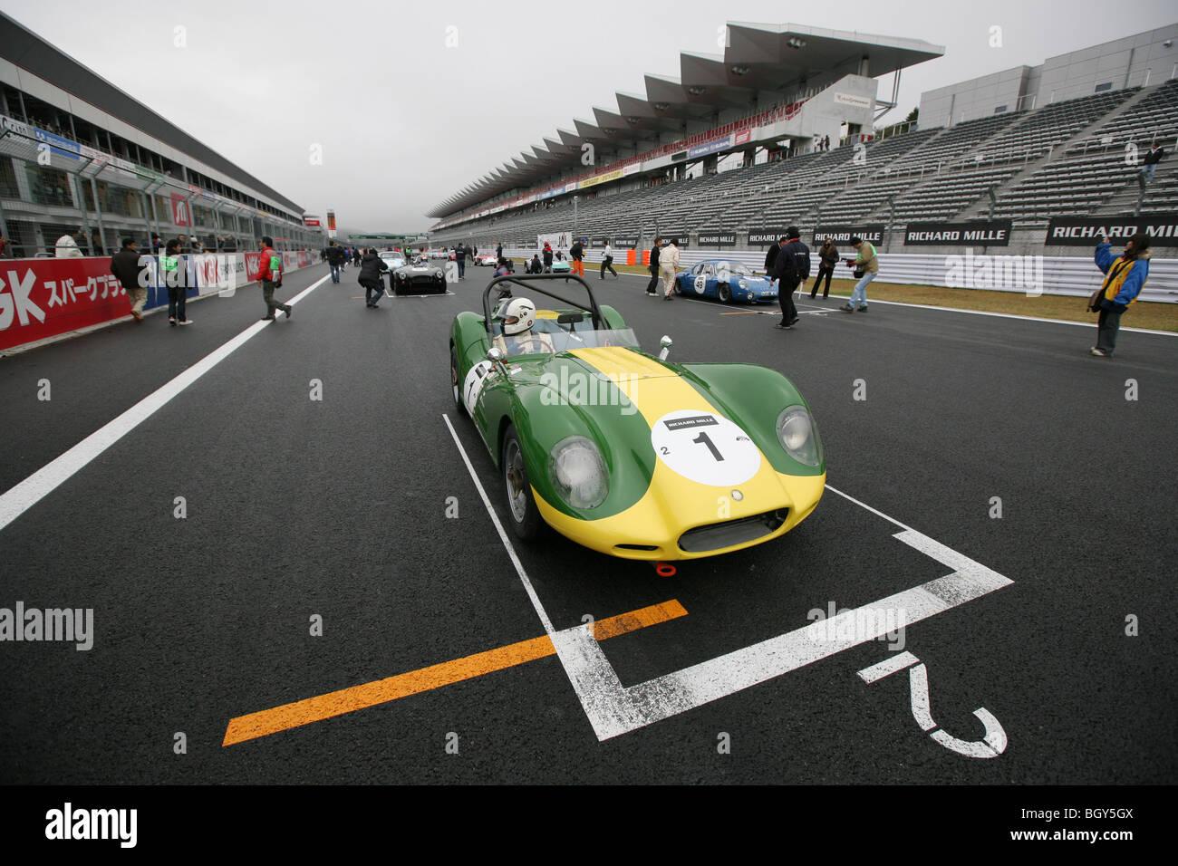1958 Lister Jaguar. Le Mans Classic car race, Fuji Speedway, Japan, Saturday, November 10th, 2007.
