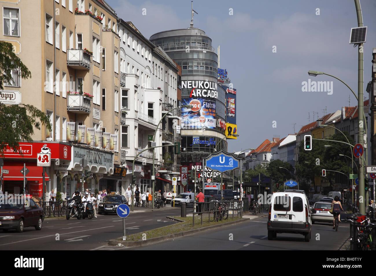 Neukölln Arcaden Geschäfte : berlin neukoelln arcaden arcade karl marx strasse street ~ A.2002-acura-tl-radio.info Haus und Dekorationen