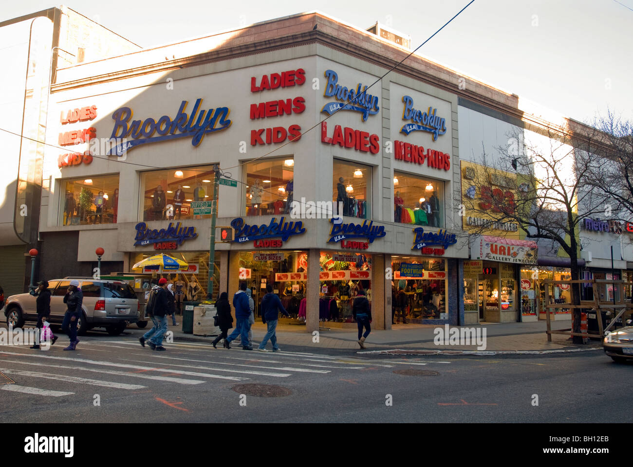 Brooklyn clothing store on fulton street