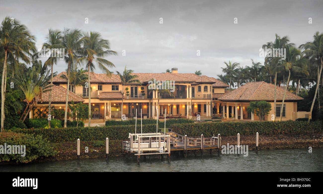 billionaire houses on port royal naples florida usa stock On billionaire homes in usa